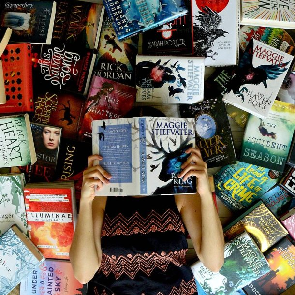 stiefvater-the-raven-king-me-and-sea-of-books