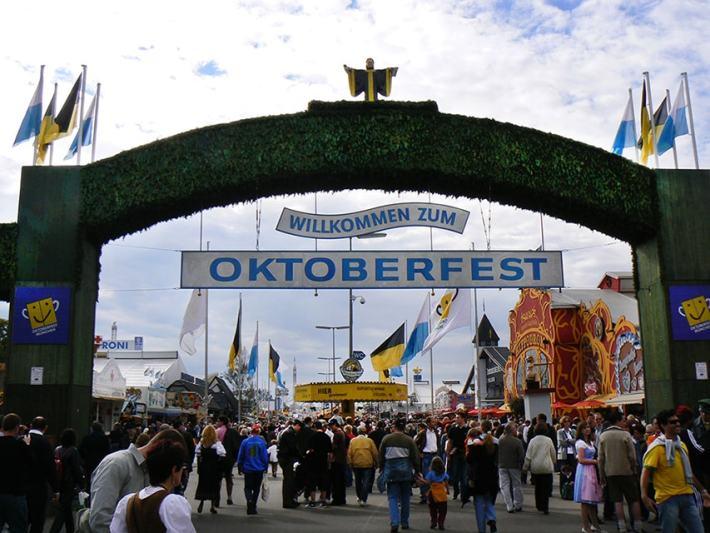 oktoberfest-entrata