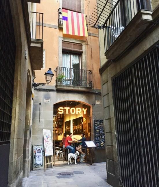 Barcelona Gothic Quarter corner