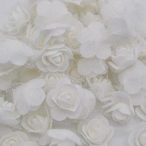 Różyczki piankowe z tiulem 3,5cm białe 10szt