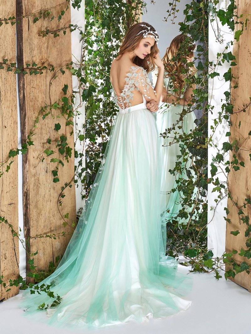 1829L-wedding-dress-back