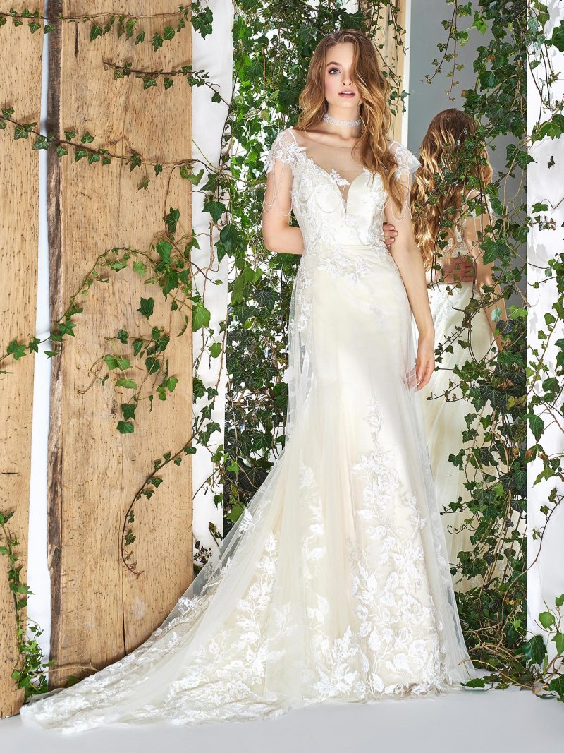 1832L-wedding-dress