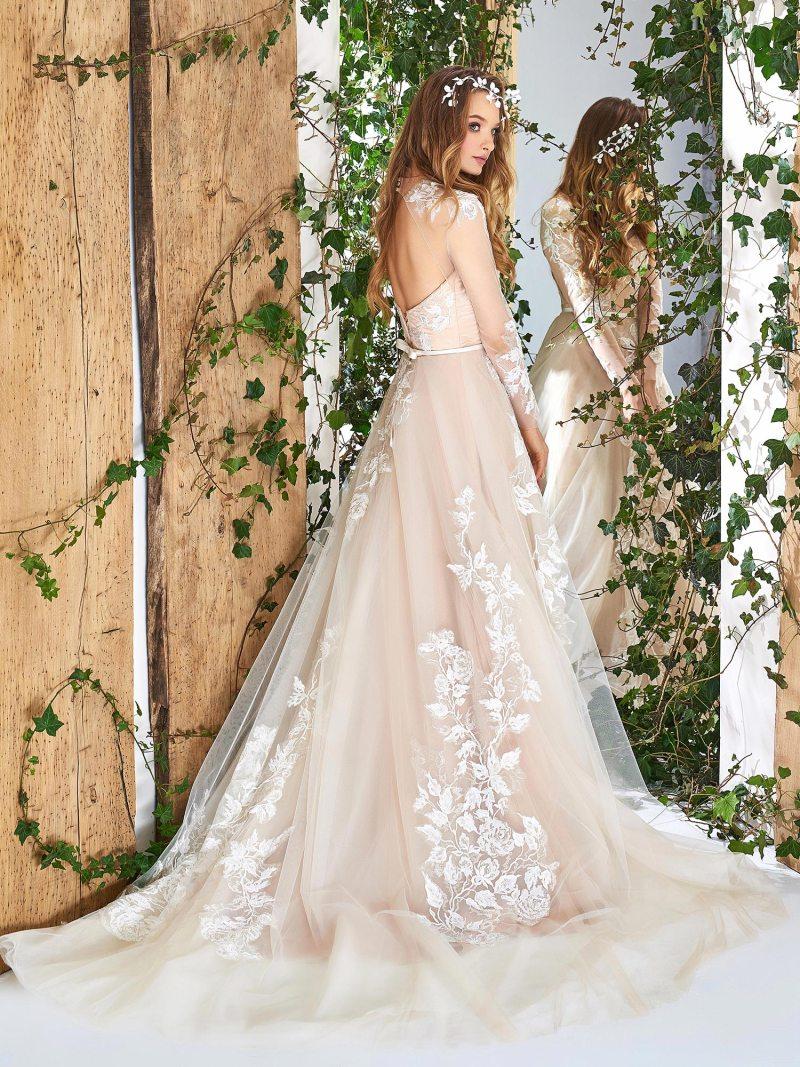 1835L-wedding-dress-back
