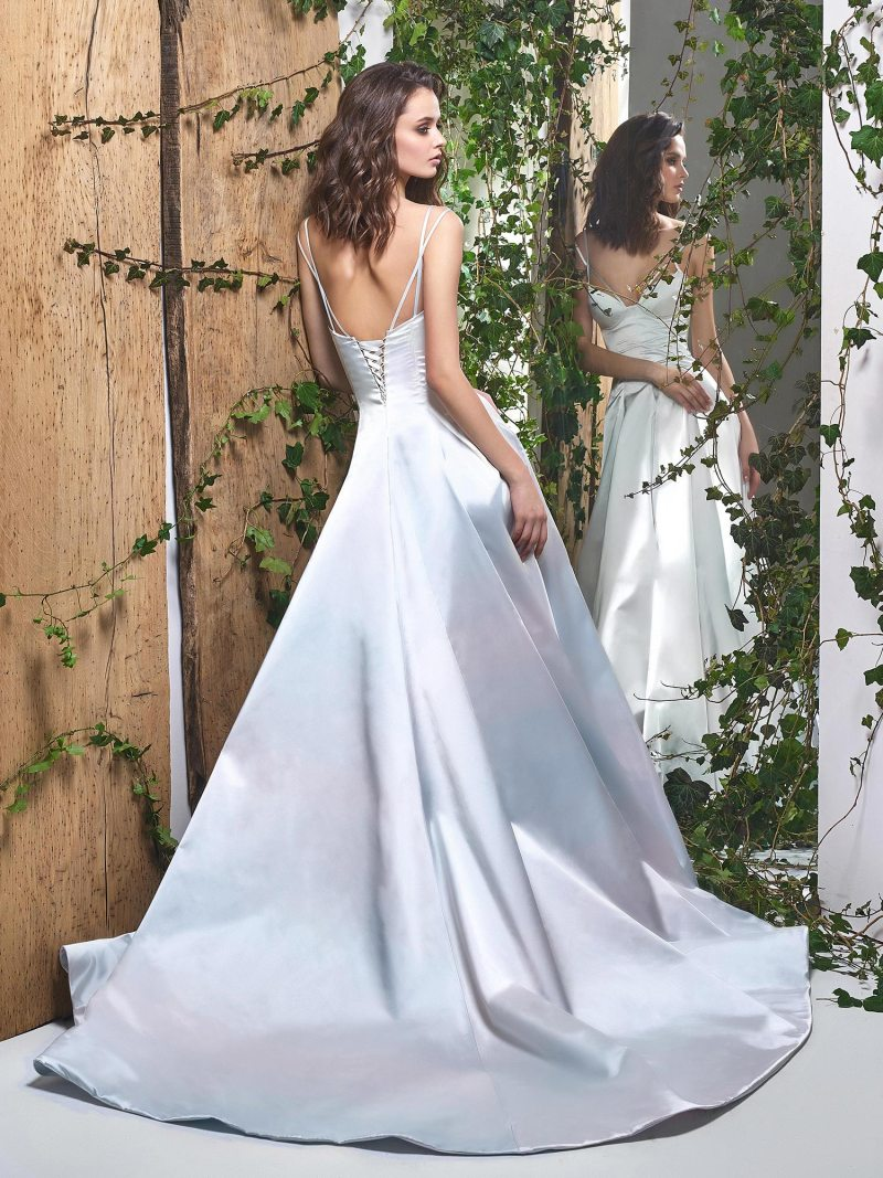 1836L-wedding-dress-back