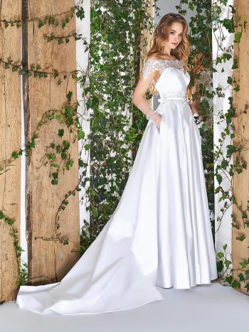 Illusion off-the-shoulder sleeve wedding dress with side pockets