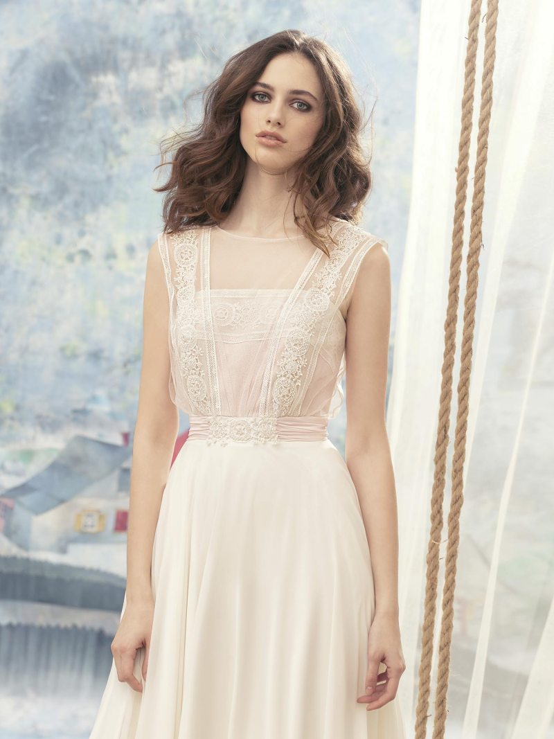 1700-Wedding-dress
