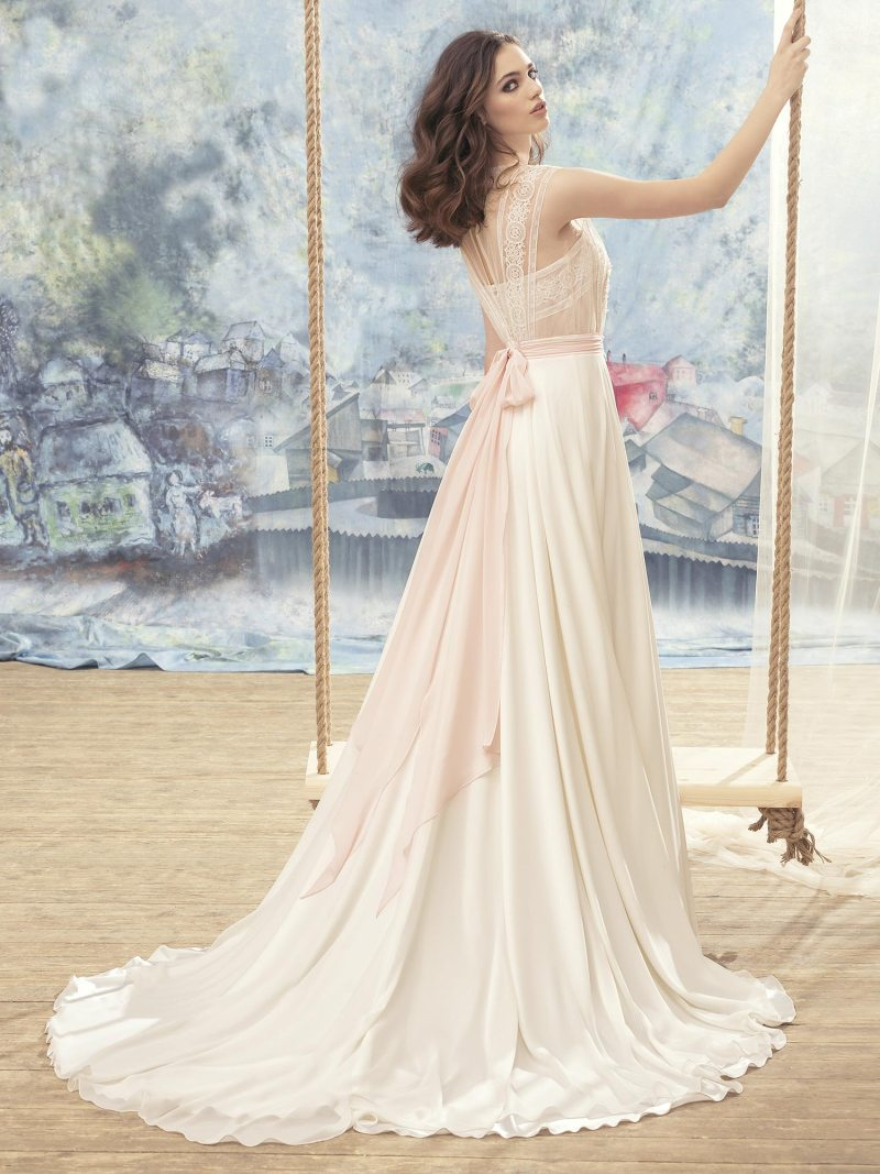 1700L-Wedding-dress-back