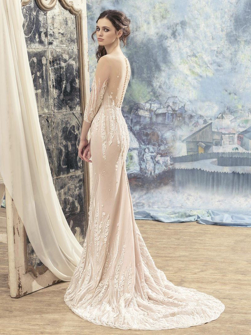 1702L-Wedding-dress-back