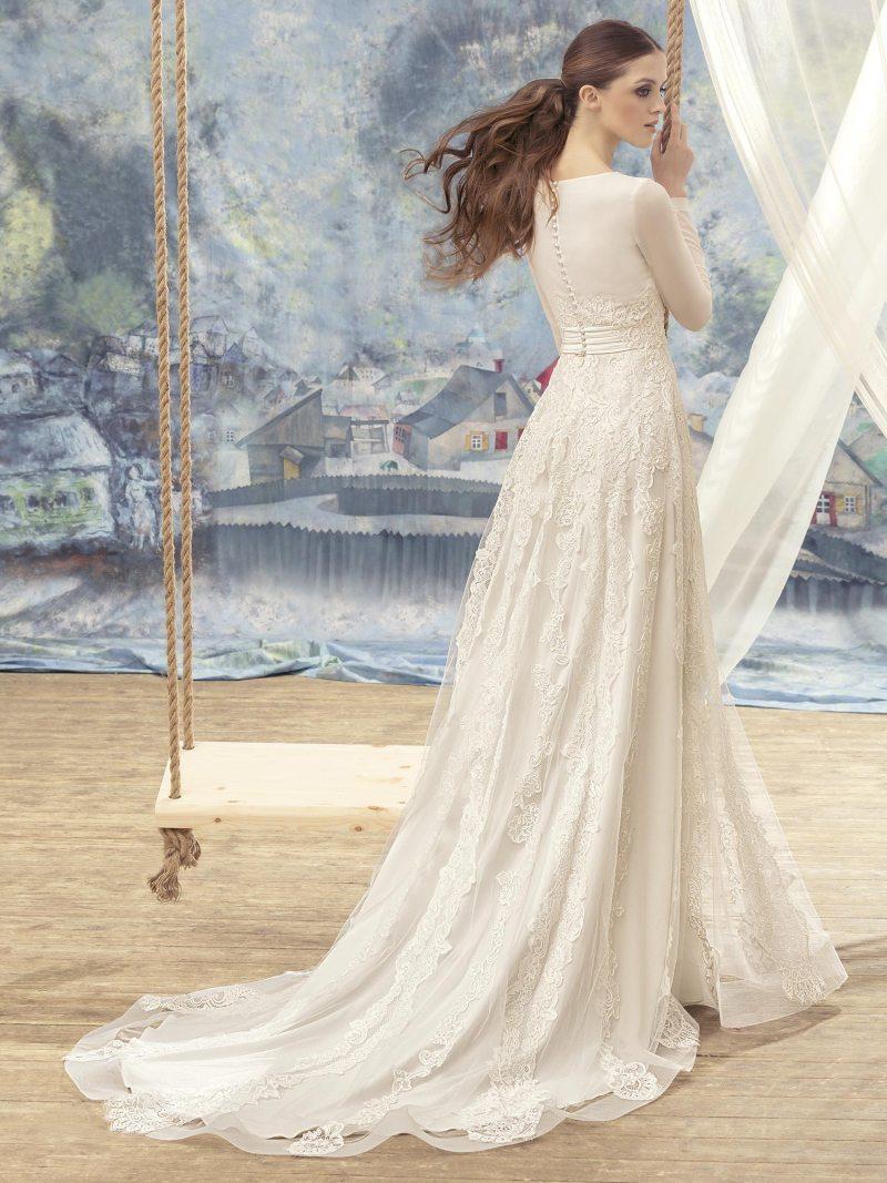 1705L-Wedding-dress-back