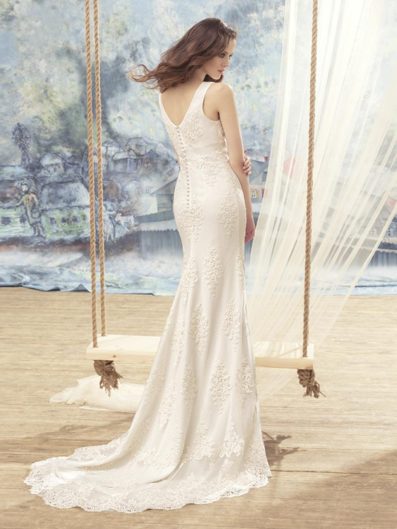 1708L-Wedding-dress-back