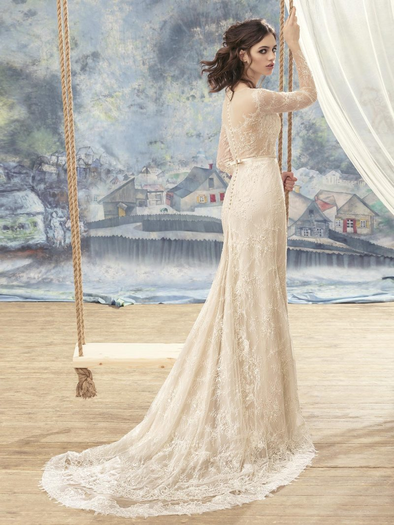 1717L-Wedding-dress-back