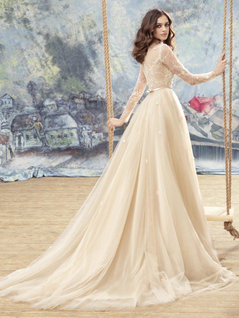 1742LL-Wedding-dress-back