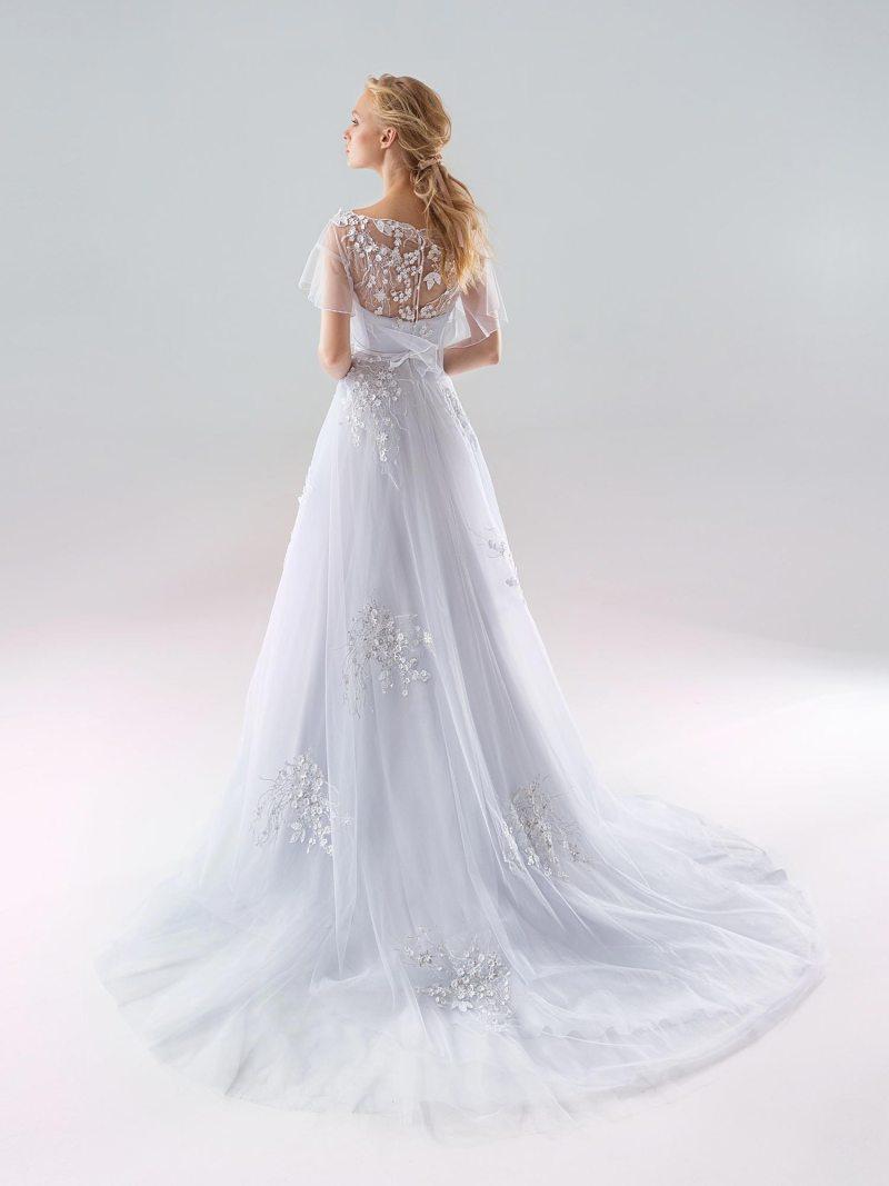 1905 -wedding-dress-back