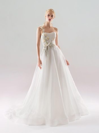 A-line wedding dress with 3D floral embroidery