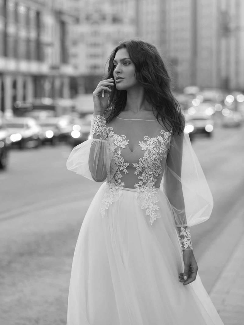 11939-7-wedding-dress-Papilio