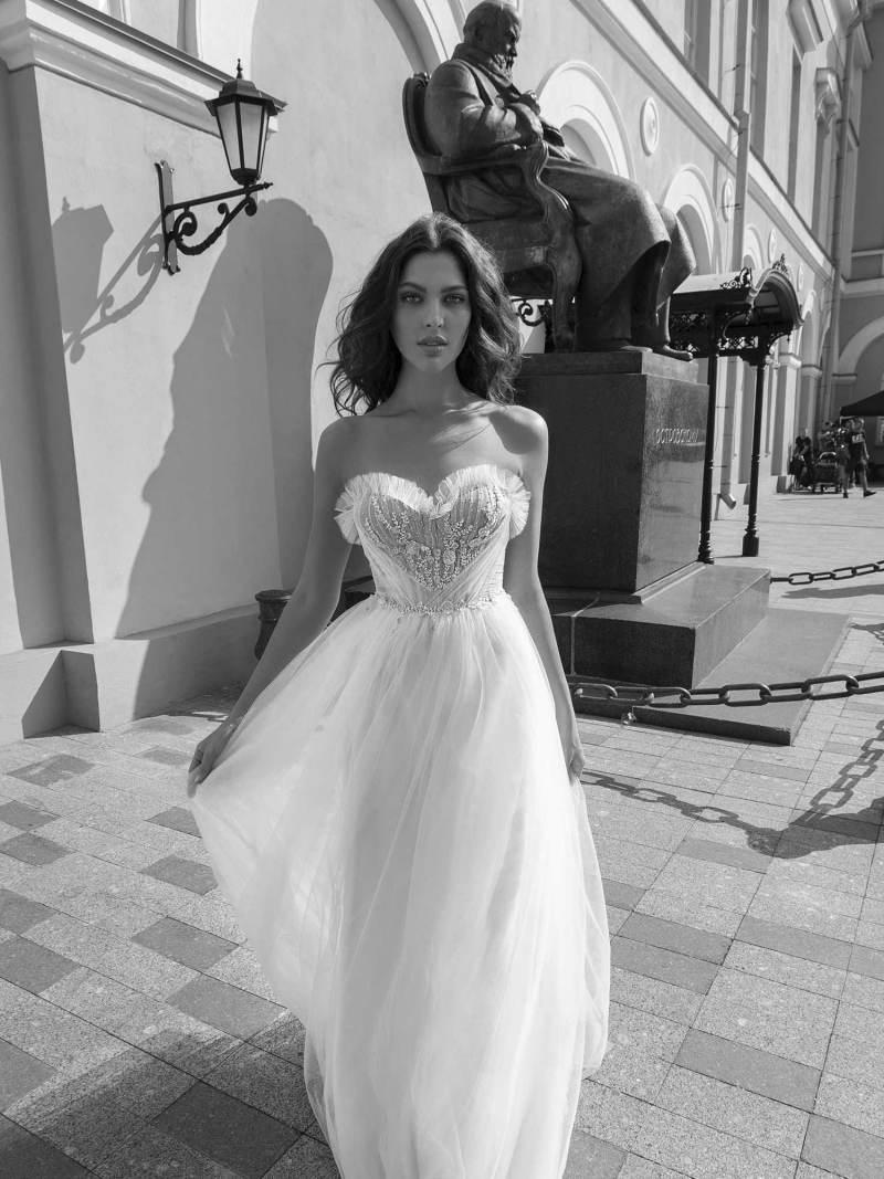 11942-wedding-dress-Papilio