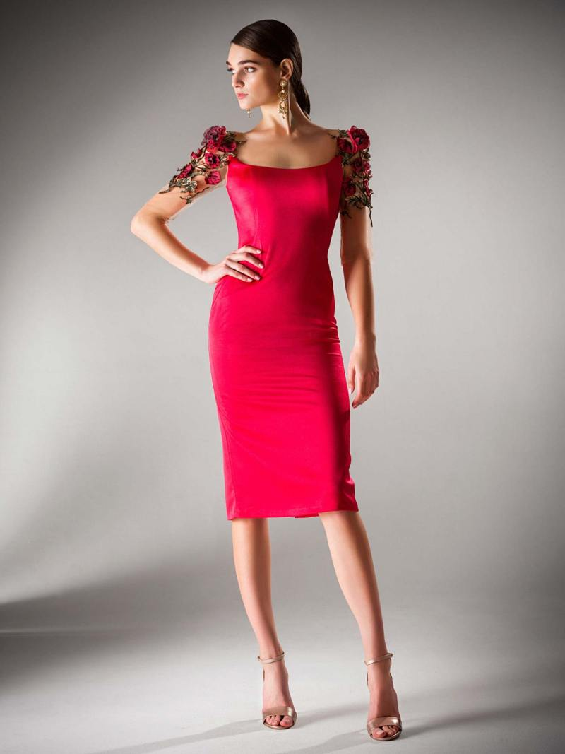 Cocktail dress with floral dŽcor sleeves