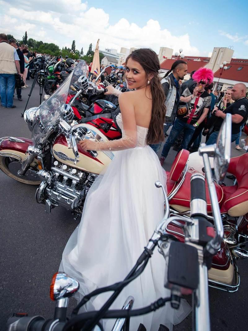 12069-2-wedding-dress