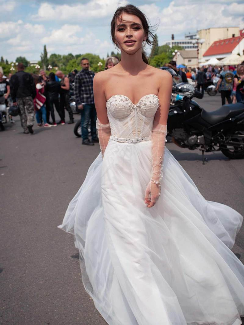 Ultra-modern wedding dress with pearl embellishments
