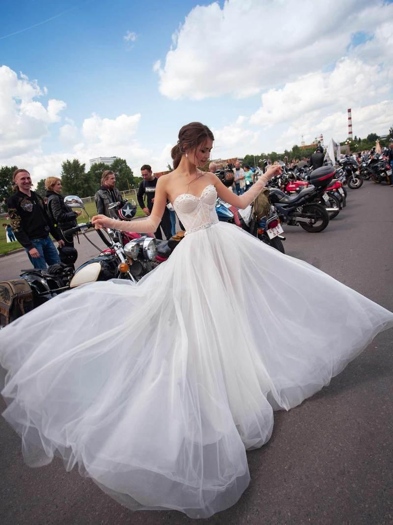 12069-4-wedding-dress