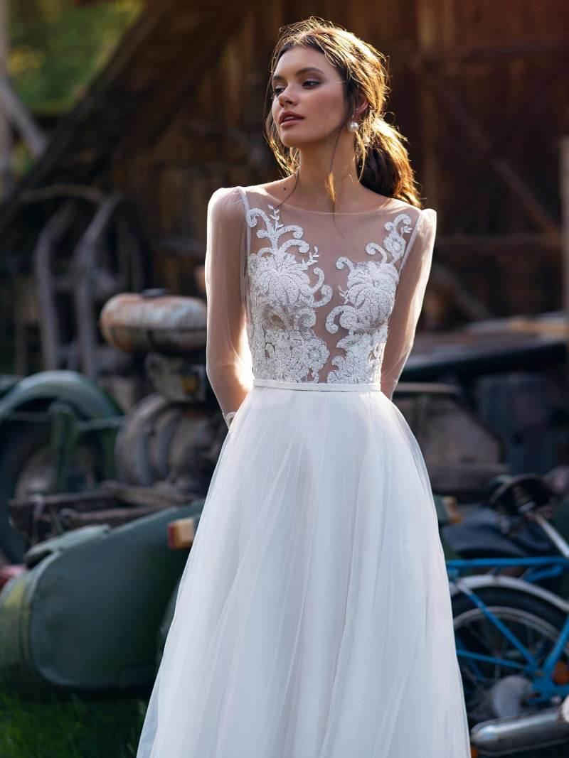 12076-4-wedding-dress
