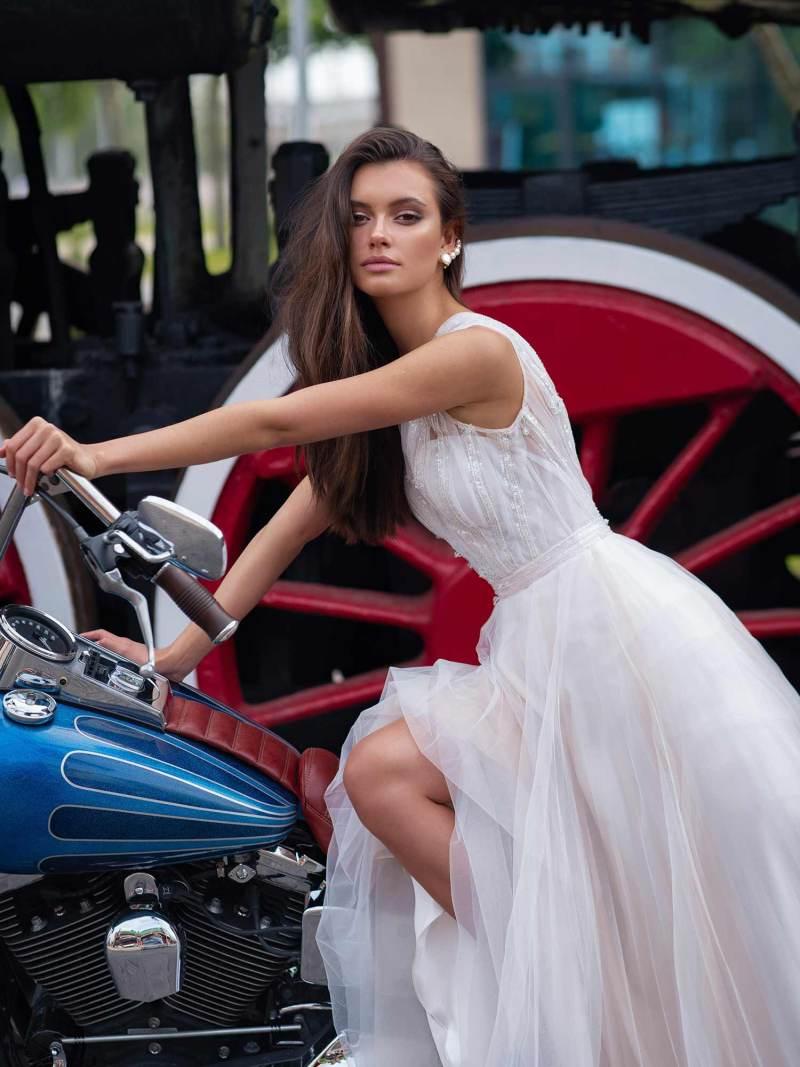 12079-4-wedding-dress