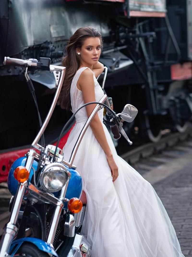 12079-6-wedding-dress