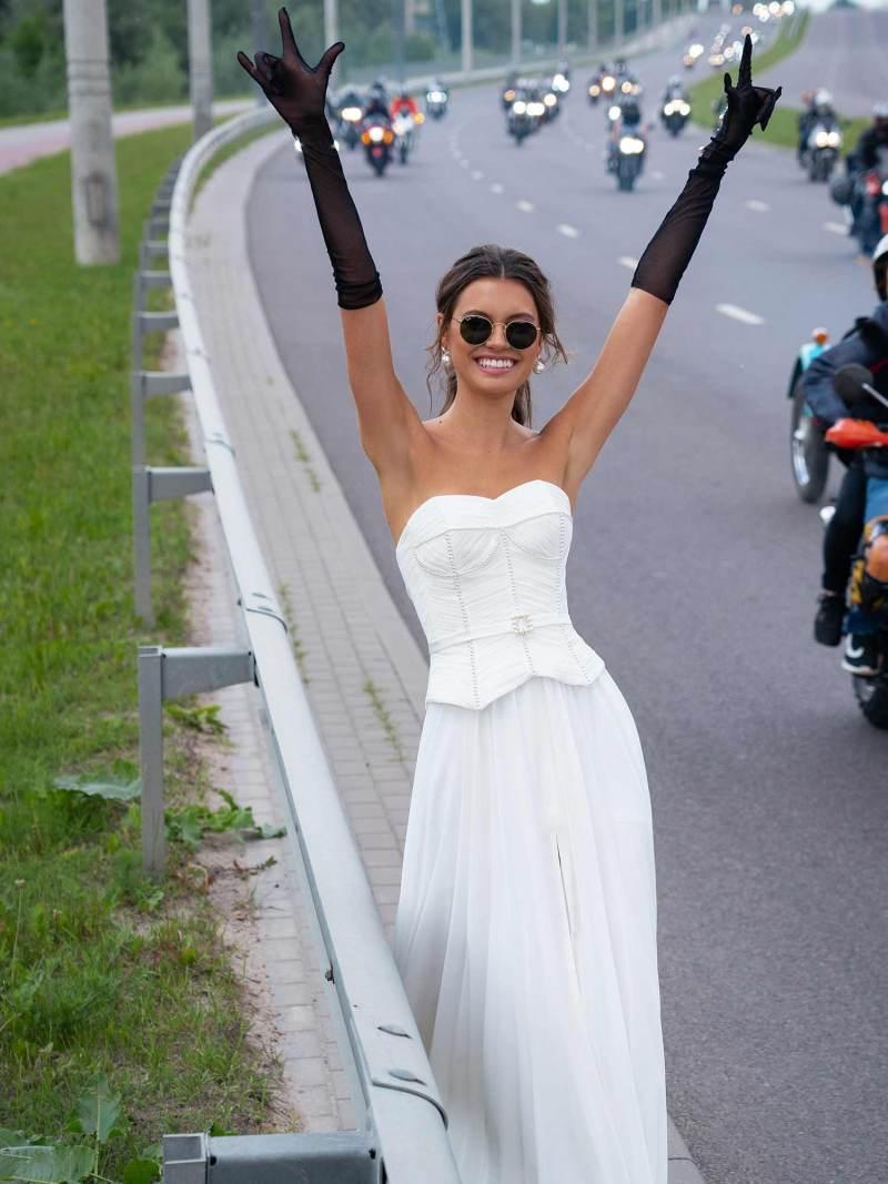 12083-5-wedding-dress