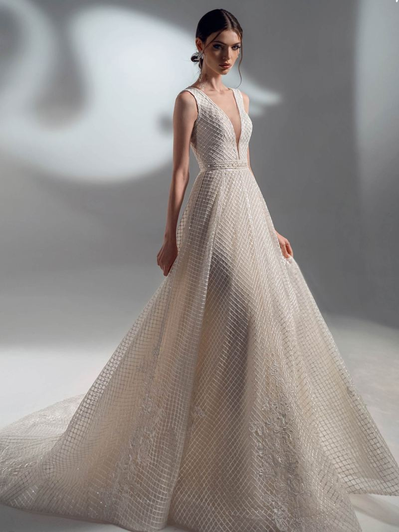 Sequinned lace A-line wedding dress