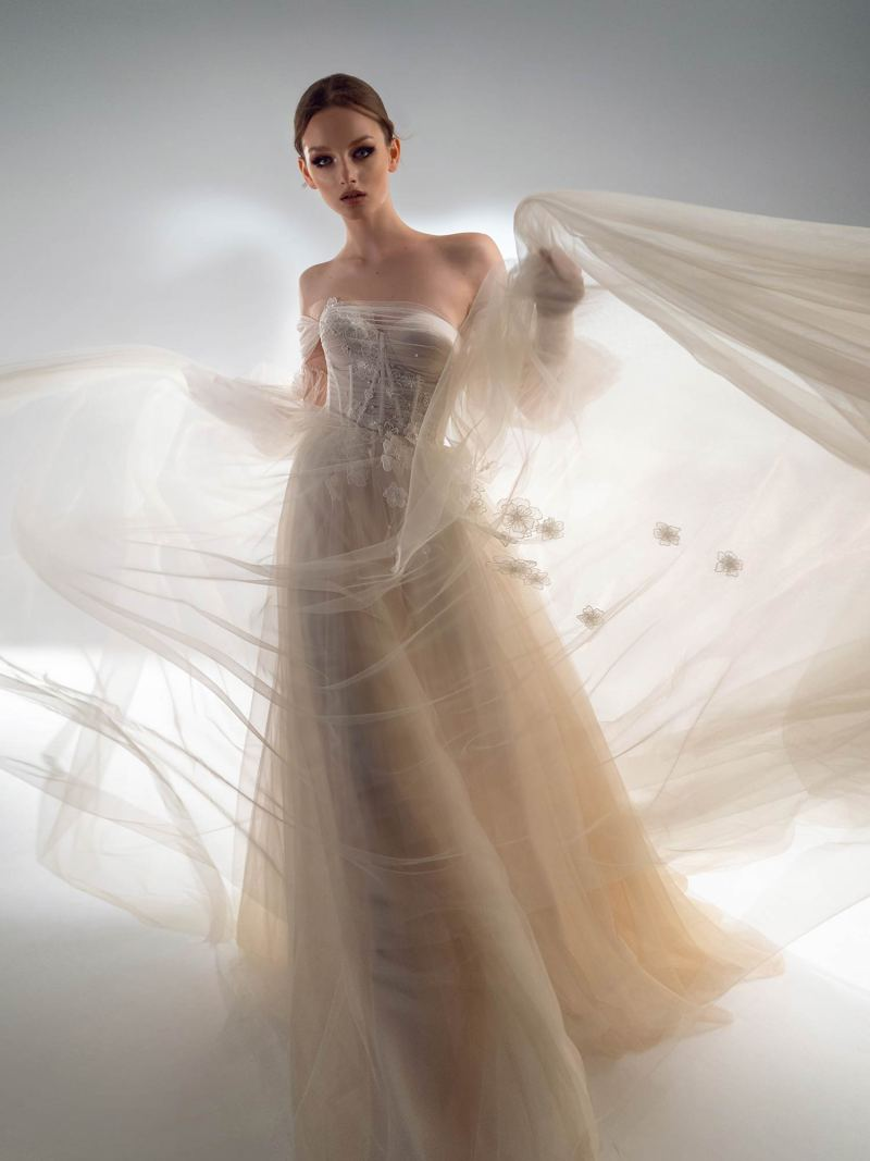 Off the shoulder A-line wedding dress with detachable sleeves