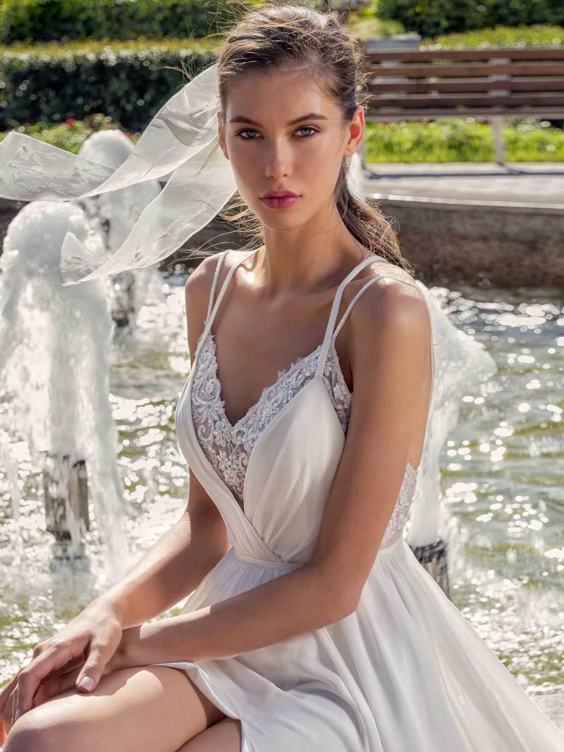 13006-3-unique-wedding-dress-in-Toronto