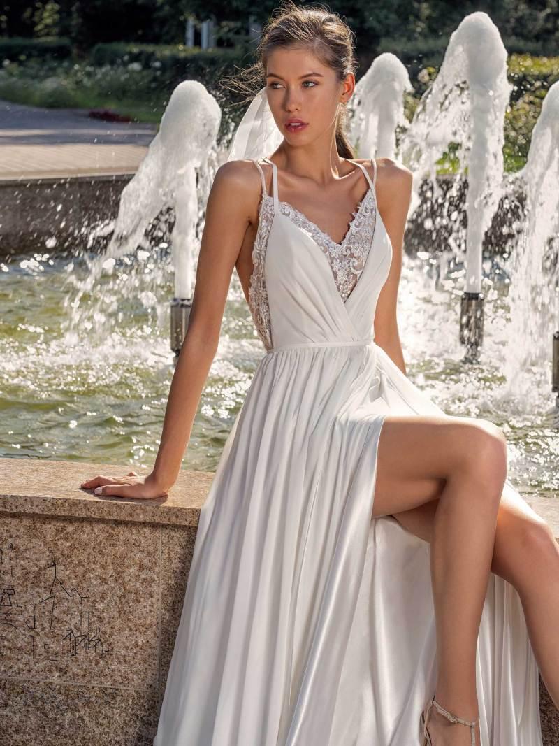 13006-4-unique-wedding-dress-in-Toronto