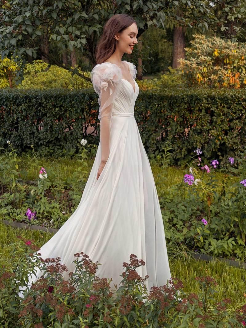 13014-3-unique-wedding-dress-in-Toronto