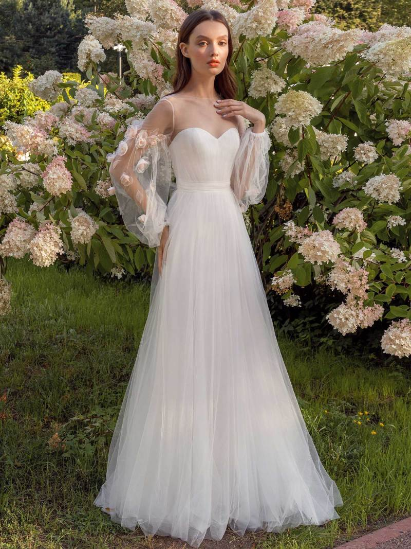 13019-3-unique-wedding-dress-in-Toronto