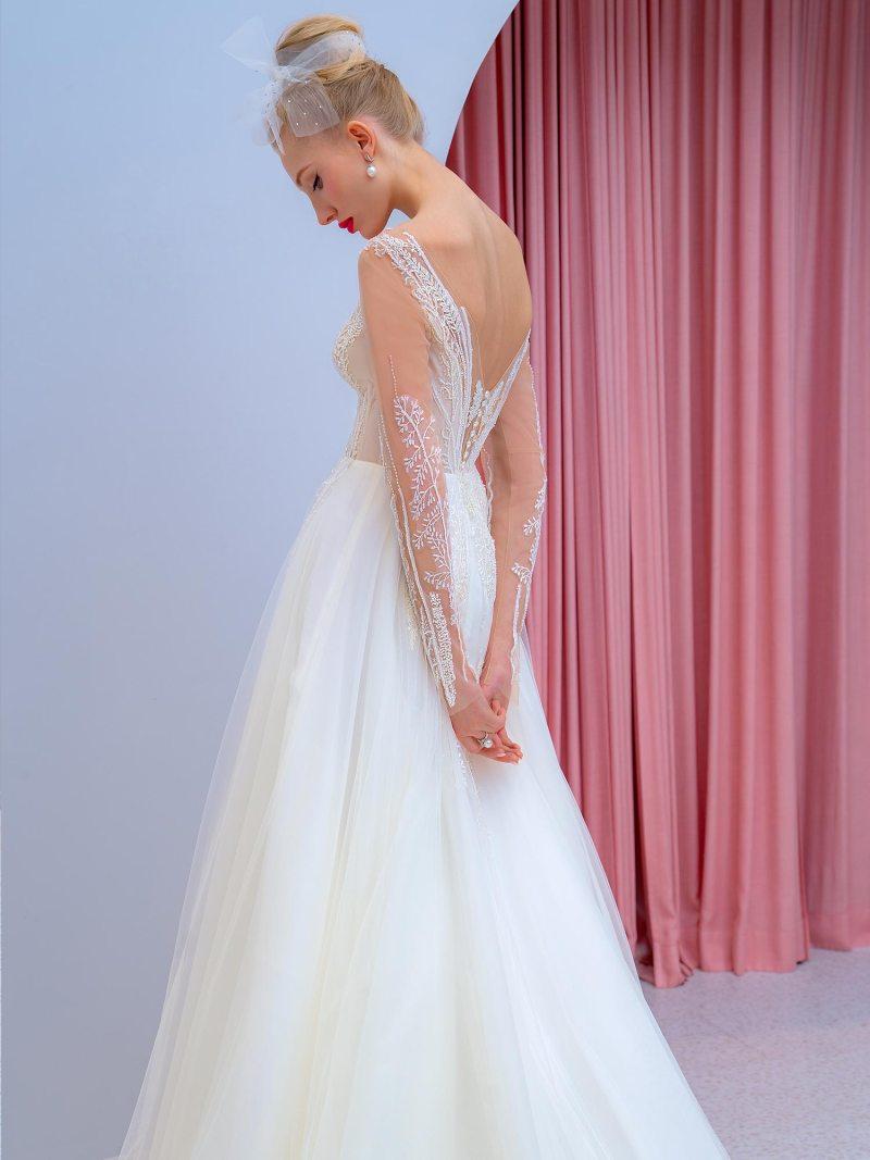 2204L_4_wedding_dress
