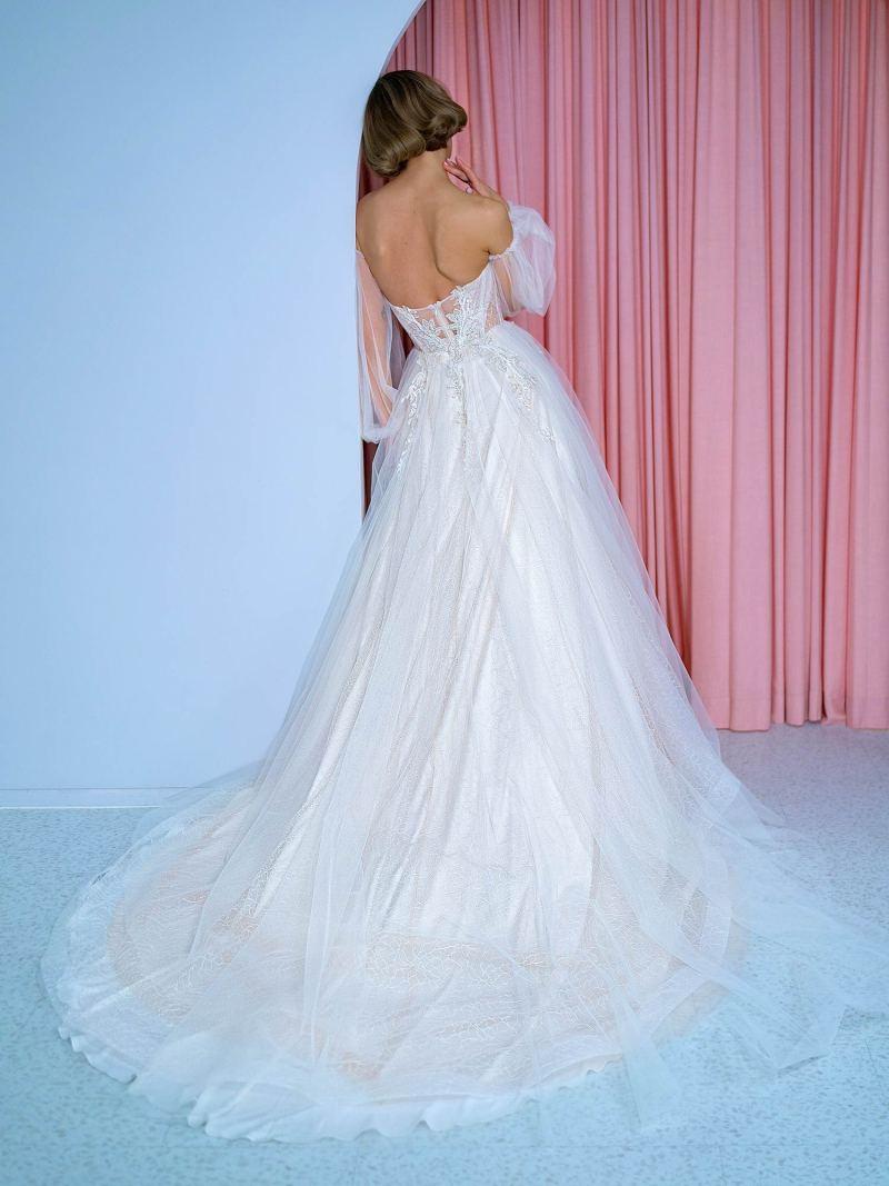 2210L_2_wedding_dress