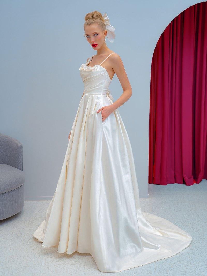 Taffeta ball gown with floral décor