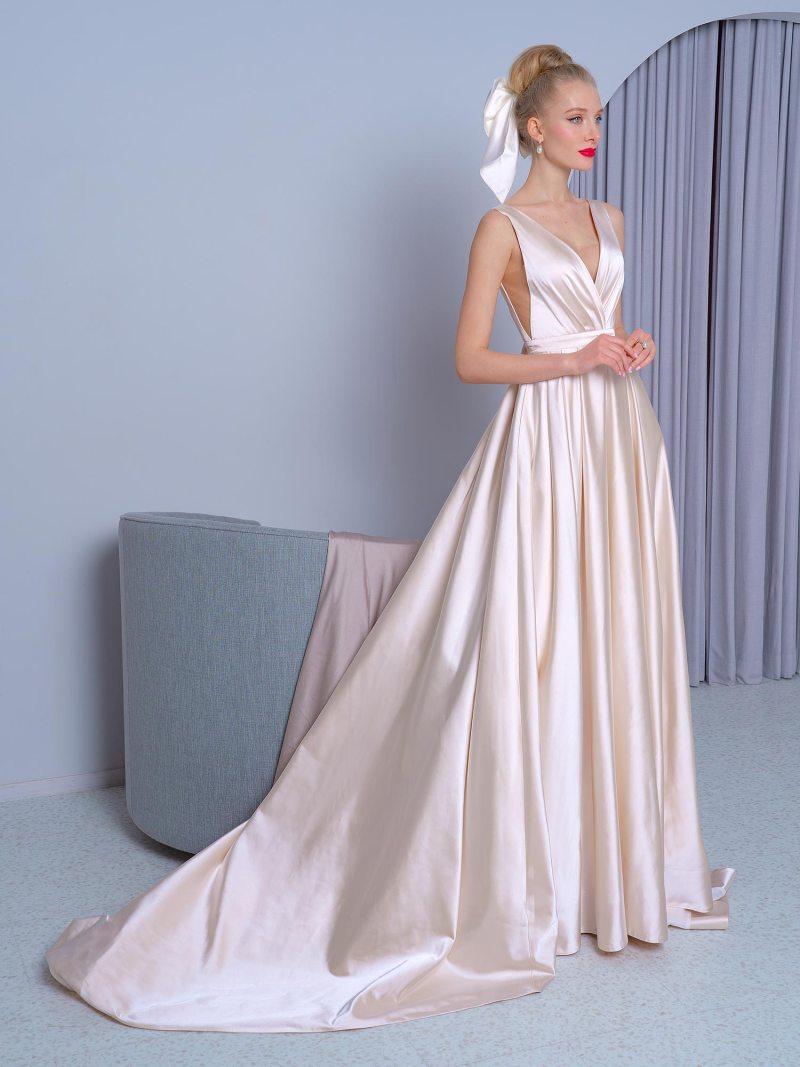 2224L_3_wedding_dress