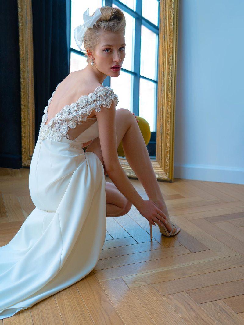 2228L_3_wedding_dress