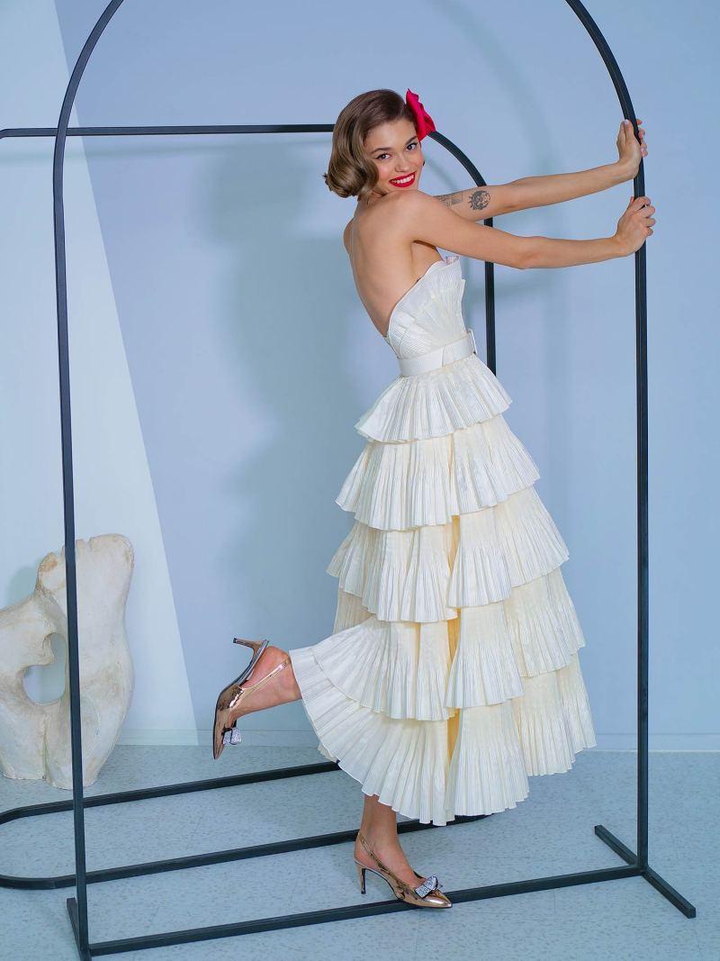 2229a_3_wedding_dress
