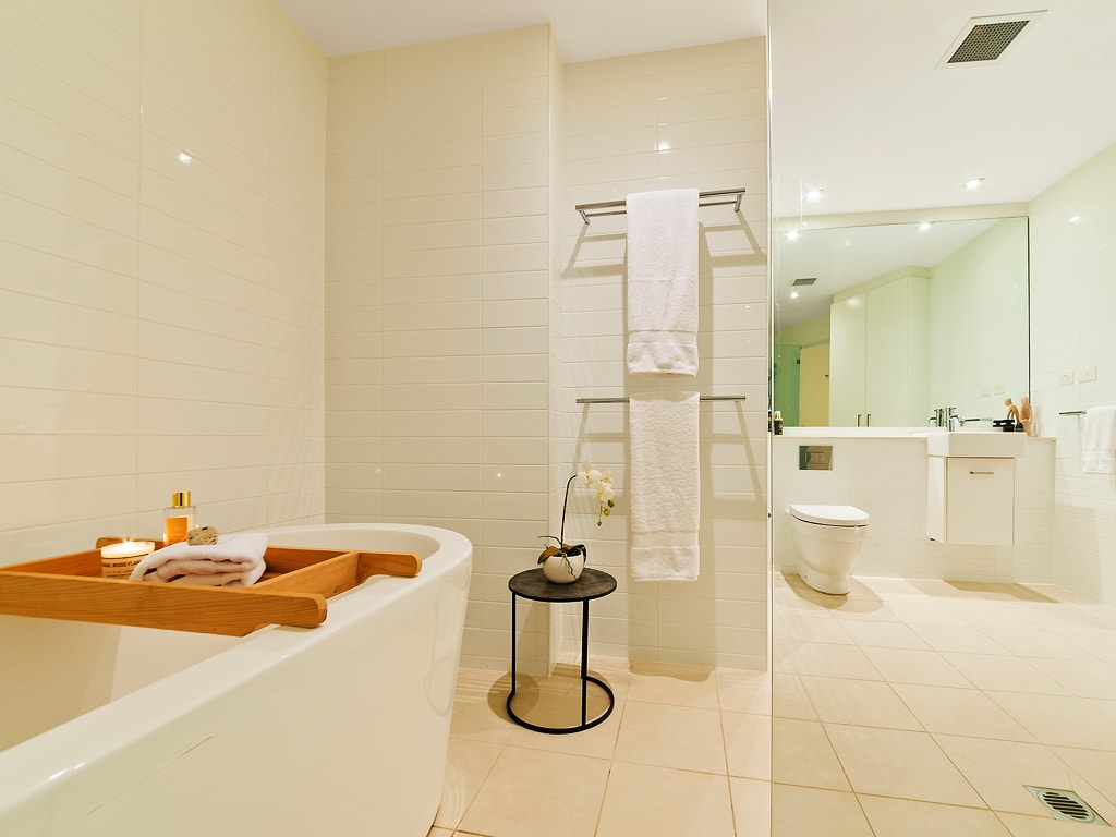 papillon-styling-renovations-australia-property-makeover-elanora-heights-one-bathroom