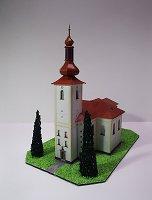 Papercraft de la Iglesia de St. Lawrence en Bohdalov / Kostel sv. Vavřince v Bohdalově. Manualidades a Raudales.