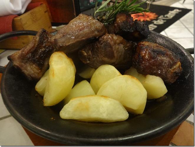 豚スペアリブの香味漬け焼きアドバド