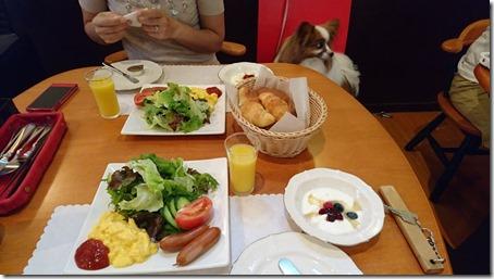 北軽井沢のペットと泊まれる宿花闊歩の朝食