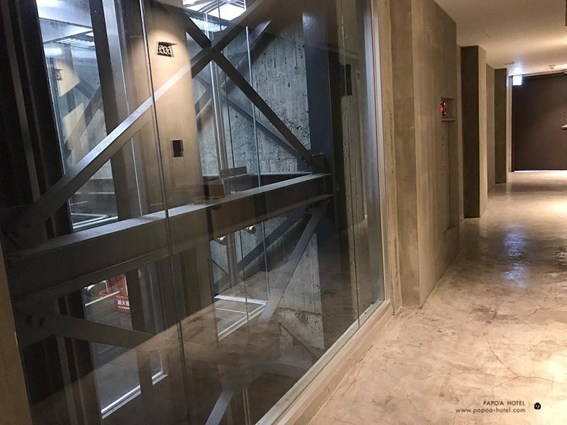 帕鉑舍旅半透明電梯照片