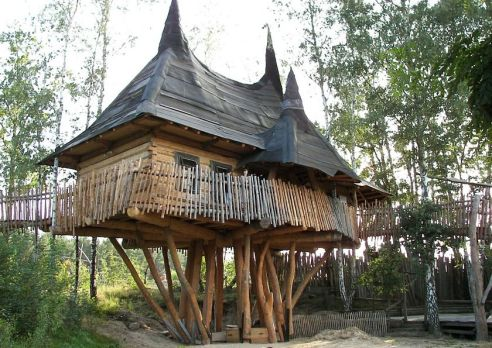 Awesome Treehouse Masters Design Ideas 45