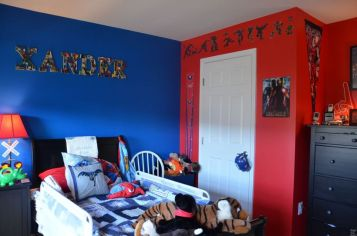Awesome Superhero Themed Room Design Ideas 26
