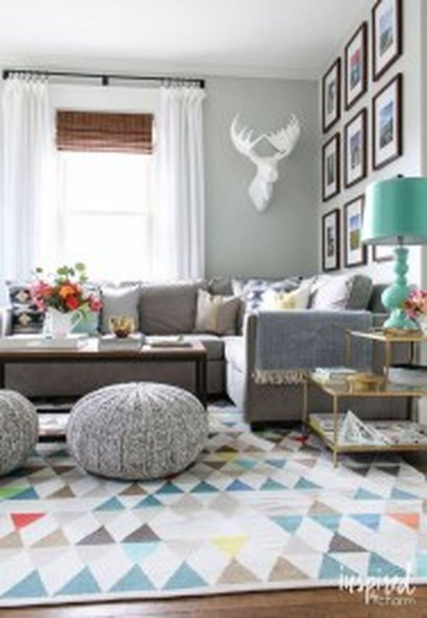 Cool Family Friendly Living Rooms Design Ideas 10