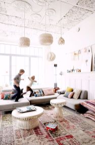 Cool Family Friendly Living Rooms Design Ideas 23