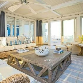 Cool Family Friendly Living Rooms Design Ideas 35